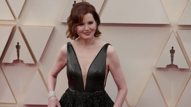 geena davis at the 92nd annual academy awards at dolby theatre on february 09, 2020 in hollywood, california. - ジーナ デイヴィス点の映像素材/bロール