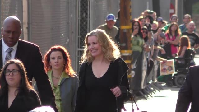 geena davis outside jimmy kimmel live in hollywood in celebrity sightings in los angeles - geena davis stock videos & royalty-free footage