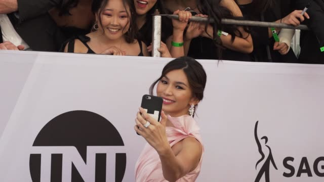 gemma chan at the 25th annual screen actors guild awards - social ready content at the shrine auditorium on january 27, 2019 in los angeles,... - screen actors guild awards stock-videos und b-roll-filmmaterial