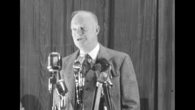 gen mark clark, secretary of defense nominee clark e. wilson, us president-elect dwight eisenhower at microphone, gen james van fleet / sot... - vangen stock-videos und b-roll-filmmaterial