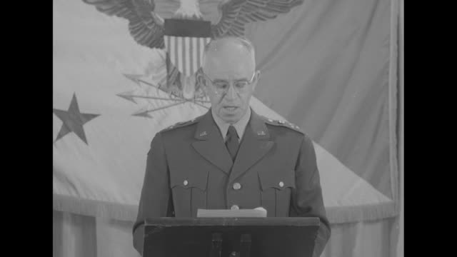 stockvideo's en b-roll-footage met sot gen omar bradley during a proposed speech at the pentagon convinced that a total war is not inevitable the enemy faces little prospect of... - koude oorlog