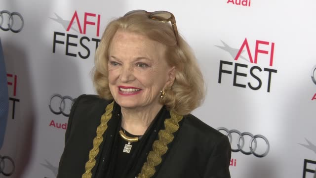 """gena rowlands at """"by the sea"""" world premiere gala screening - afi fest 2015 at tcl chinese theatre on november 05, 2015 in hollywood, california. - tcl chinese theatre stock videos & royalty-free footage"""