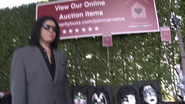 stockvideo's en b-roll-footage met gene simmons at the john varvatos 11th annual stuart house benefit at john varvatos on april 13 2014 in los angeles california - gene simmons