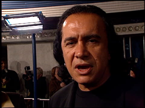 gene simmons at the 'thirteen ghosts' premiere on october 23, 2001. - gene simmons stock videos & royalty-free footage