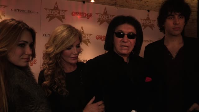 stockvideo's en b-roll-footage met gene simmons' family declare the pride they have for their father before gene talks of what british musical artists give to the world gene then goes... - gene simmons