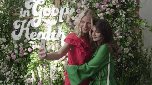 vídeos de stock, filmes e b-roll de general atmosphere at the in goop health summit london 2019 on june 29 2019 in london england - penélope cruz