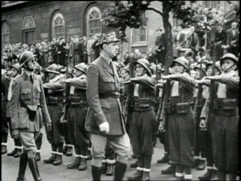 general charles de gaulle reviews his troops - charles de gaulle stock videos & royalty-free footage