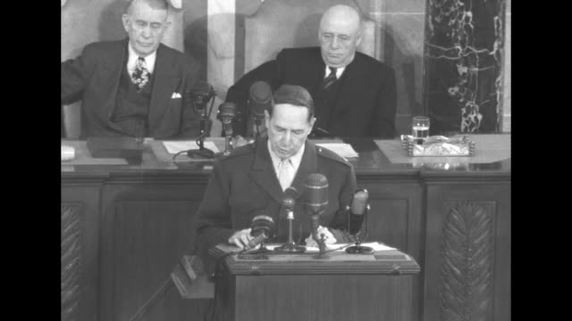 vs general douglas macarthur at lectern speaks to a joint session of the us congress as vice president alben barkley and speaker of the house sam... - sam rayburn video stock e b–roll