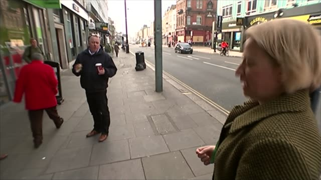 10 key seats to watch holborn and st pancras england london holborn and st pancras constituency kentish town ext man haranguing green party leader... - kentish town stock videos and b-roll footage