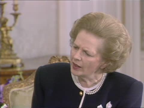 general election 1987: margaret thatcher live interview at no 10; england: london: westminster: downing street: number 10: int margaret thatcher mp... - ロバート・キルロイ=シルク点の映像素材/bロール