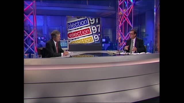 general election 1997: special: 01.00 - 02.00:; england: london: gir: int studio jonathan dimbleby and michael brunson studio discussion studio david... - david dimbleby stock videos & royalty-free footage