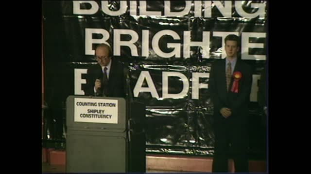 vídeos de stock, filmes e b-roll de general election 1997: special: 01.00 - 02.00:; scotland: stirling: int live feed michael forsyth speech sot - jokes - 'reports of my political... - stirling