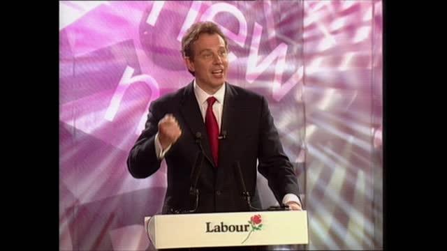 vídeos de stock e filmes b-roll de general election 1997: special: 05.00 - 05.50:; england: london: gir: int studio alastair stewart with results board and virtual parliament studio... - alastair stewart