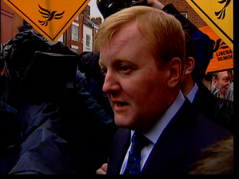 charles kennedy nat mark webster england shropshire ludlow ext charles kennedy down from battlebus kennedy along road with supporters holding... - charles kennedy stock videos & royalty-free footage