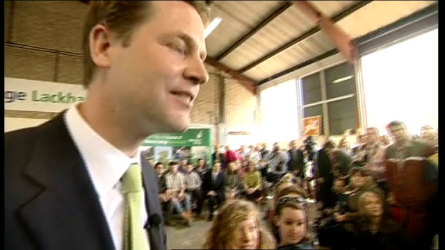 general election 2010: campaigning continues: nick clegg q&a in chippenham; nick clegg mp q&a sot - on encouraging apprenticeships / on funding... - チッペナム点の映像素材/bロール