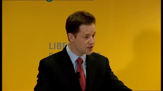 general election 2010: campaigning: nick clegg speech on electoral reform; - talks of priorities regardless of the outcome of the election / talks of... - クリス ヒューン点の映像素材/bロール