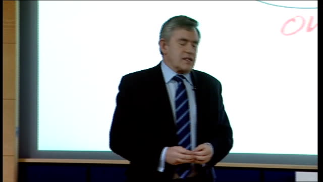 general election 2010: labour party campaign: gordon brown speech on 'global society' at open university; brown speech sot - speaks about domestic... - ダグラス アレキサンダー点の映像素材/bロール