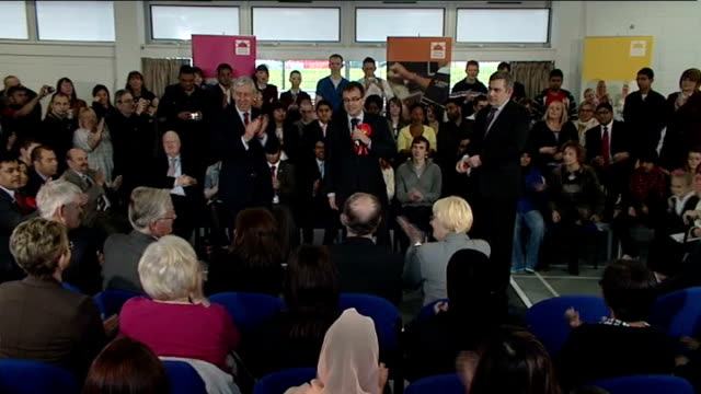 vídeos de stock, filmes e b-roll de general election 2010: labour party: gordon brown on the campaign trail in oldham; england: greater manchester: oldham: honeywell community centre:... - prime minister