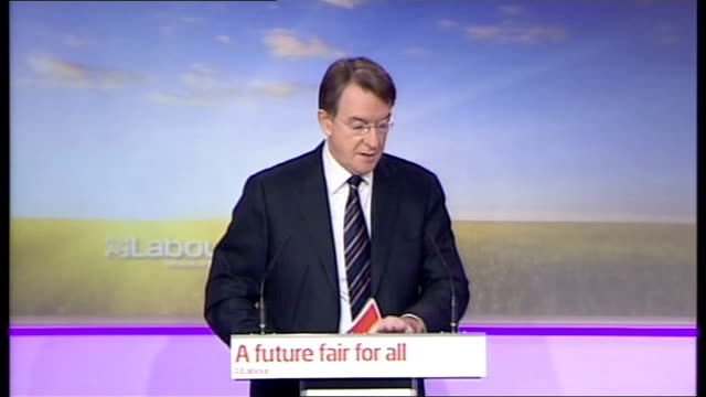 vídeos de stock e filmes b-roll de labour party launch families manifesto press conference with mandelson balls and cooper england london labour hq int lord mandelson introduction sot... - coligação