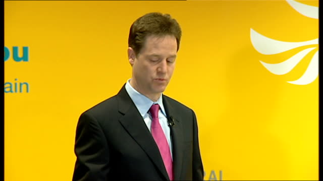 nick clegg and vince cable give press conference q a session clegg press conference sot a vote for the liberal democrats is vote for the values vince... - formel stock-videos und b-roll-filmmaterial