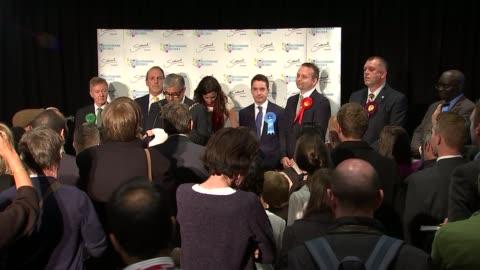 general election 2015: bermondsey & old southwark declaration: simon hughes loses seat to neil coyle; england: london: southwark: int bermondsey &... - neil simon bildbanksvideor och videomaterial från bakom kulisserna