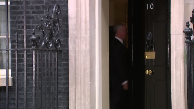 conservative victory david cameron begins to form new cabinet arrivals and departures england london downing street ext philip hammond mp arriving at... - david cameron politiker stock-videos und b-roll-filmmaterial