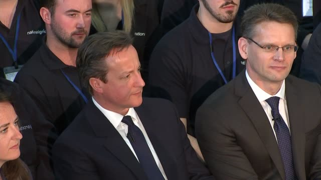 conservatives david cameron pm direct event in newark cutaways of cameron pm direct event cameron into room with karren brady and others then seated... - カレン ブラディ点の映像素材/bロール
