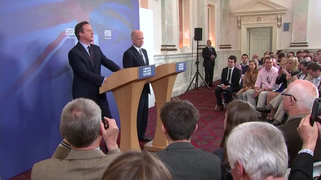 David Cameron speech in Lincoln ENGLAND Lincolnshire Lincoln PHOTOGRAPHY *** Prime Minister David Cameron MP and William Hague MP into room to...