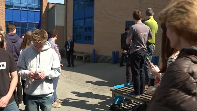 david cameron visits christleton england cheshire chester christleton ext conservative party campaign bus arriving / david cameron departing bus and... - chester cheshire stock-videos und b-roll-filmmaterial