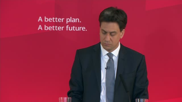ed miliband speech in wirral west qa session miliband answering questions sot - q and a stock videos & royalty-free footage