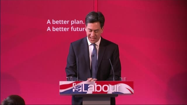 itv leaders' debate preparations int ed miliband speech at qa session sot alastair campbell well he should stick to his day job whatever that turns... - itvイブニングニュース点の映像素材/bロール