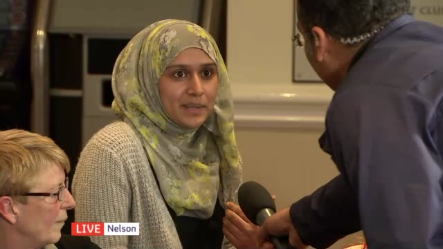 vidéos et rushes de general election 2015: northern velocity: nelson in lancashire; mevish [second name not given], sue roscoe, david cloxton, harry middleton, mohammed... - lancashire