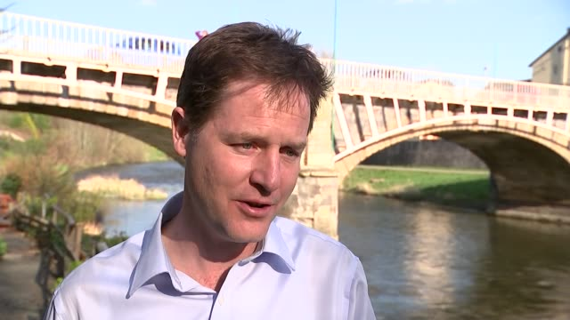 retiring politicians in london location unknown nick clegg interview sot well sarah teather i think will be remembered as someone who was amazingly... - politische gruppe stock-videos und b-roll-filmmaterial