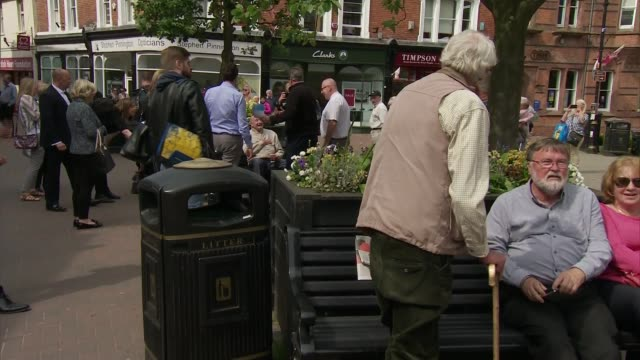 general election 2017: david cameron in nantwich - cutaways; england: cheshire: nantwich: ext various cutaways of former prime minister david cameron... - ナントウィッチ点の映像素材/bロール