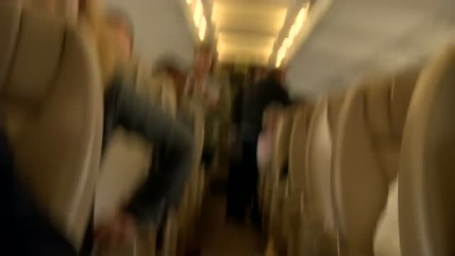 final day of campaigning conservatives philip may on plane england int philip may on plane - theresa may stock-videos und b-roll-filmmaterial
