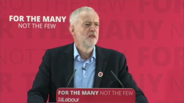 vídeos de stock, filmes e b-roll de theresa may campaigns in scotland / jeremy corbyn appeals to young voters to register general election 2017 theresa may campaigns in scotland /... - stage make up