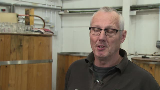 what matters small businesses general election 2017 what matters small businesses england derbyshire derby ext various of former cotton mill in the... - politische gruppe stock-videos und b-roll-filmmaterial