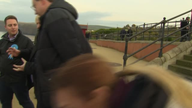 stockvideo's en b-roll-footage met boris johnson promenade photocall in saltburn england north yorkshire redcar and cleveland saltburn ext boris johnson walkabout on seafront promenade... - trambaan