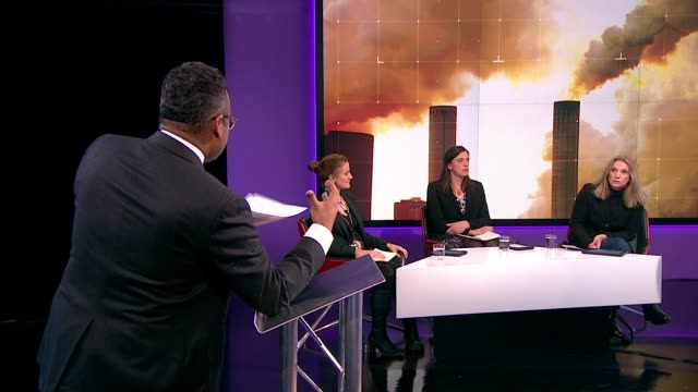 stockvideo's en b-roll-footage met general election 2019: channel 4 news climate debate; england: london: gir: reporter to camera - as party leaders stood behind dr emily shuckburgh ,... - channel 4 news