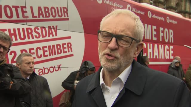 jeremy corbyn interview england lancashire pendle ext jeremy corbyn cheered as from labour campaign bus jeremy corbyn interview sot re nhs - seumas milne stock videos & royalty-free footage