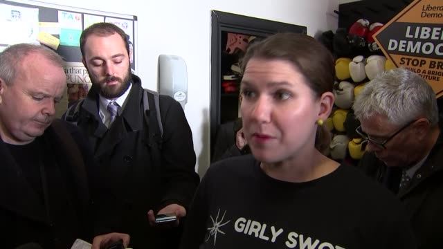 general election 2019: jo swinson visits north london boxing gym; england: london: hornsey: total boxer: int jo swinson (liberal democrat leader... - boxing stock videos & royalty-free footage