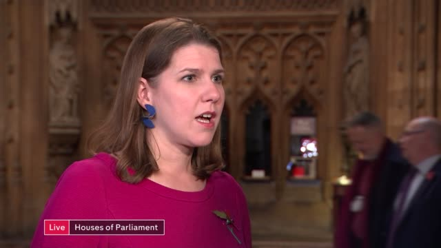 liberal democrats threaten legal action against itv if not included in election debate england london westminster int jo swinson mp live interview sot - cathy newman stock-videos und b-roll-filmmaterial
