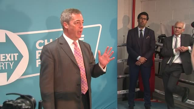 general election 2019: nigel farage boxing ring speech and photocall; england: london: hainault: gator abc boxing club: int nigel farage mep speech... - boxing stock videos & royalty-free footage