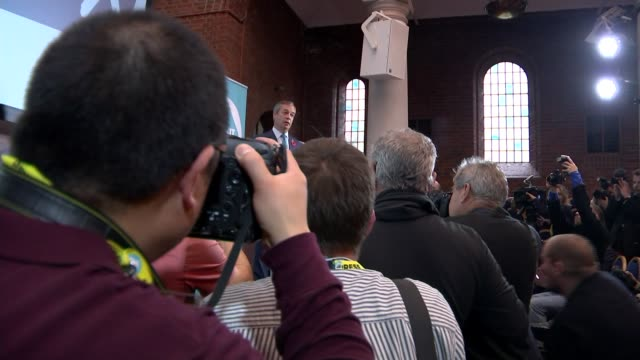 tories reject nigel farage's election pact offer england london photography** low angle view of photographers during speech by nigel farage mep... - mep stock-videos und b-roll-filmmaterial