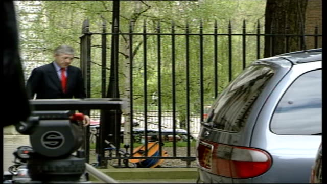 Ministers arrive at Number 10 ITN ENGLAND London 10 Downing Street EXT Arrivals at No 10 including Gordon Brown Dr John Reid Jack Straw Claire Short...