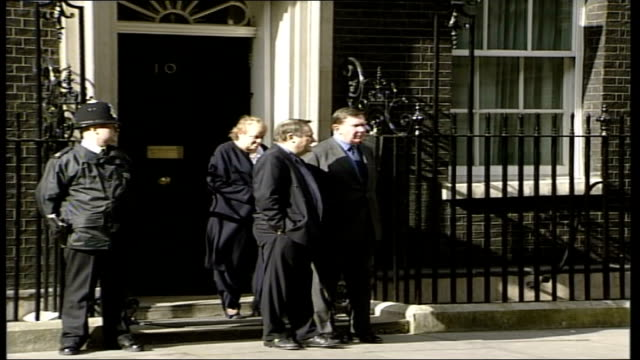 Ministers arrive at Number 10 ITN ENGLAND London 10 Downing Street EXT Arrivals at No 10 including Alan Milburn Alistair Darling Mo Mowlam others...