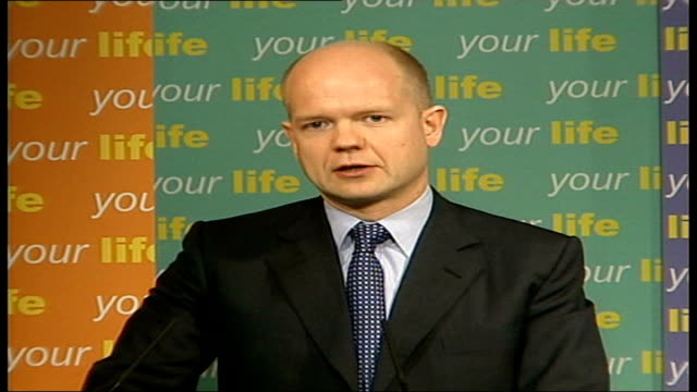 William Hague press conference ITN ENGLAND London PHOTOGRAPHY*** William Hague MP into pkf Hague speech manifesto launch for local government...