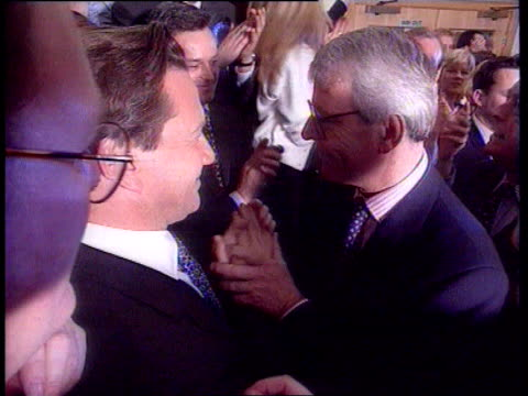 stockvideo's en b-roll-footage met musical lookback all itn copyright music played throughout england london downing st no 10 slomo outgoing pm john major to microphones smith square... - peter mandelson
