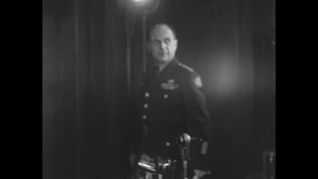 us general matthew ridgway commander in chief of un command and commander in chief of the far east arrives at presser american and united nations... - matthew b. ridgway stock-videos und b-roll-filmmaterial