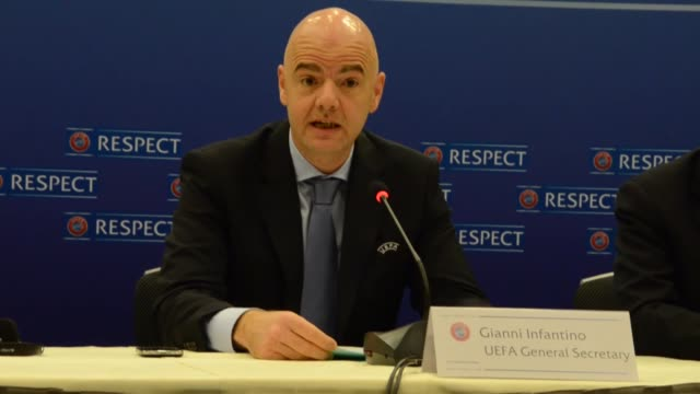 vídeos y material grabado en eventos de stock de general secretary gianni infantino speaks during a media conference in vienna austria on march 23 following the meeting of uefa executive committee - unión europea de las asociaciones nacionales